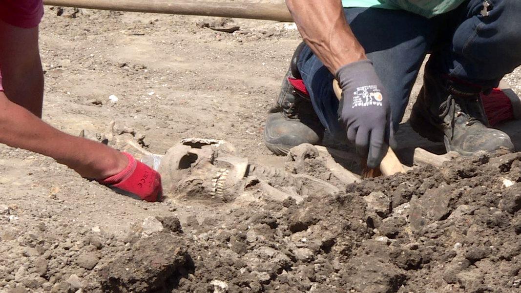 Mittelalterliche Skelette bei Bauarbeiten entdeckt
