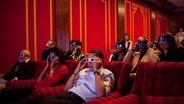 Michelle und Barack Obama in einem 3D-Kino © http://creativecommons.org/licenses/by/3.0/us/ Fotograf: Pete Souza