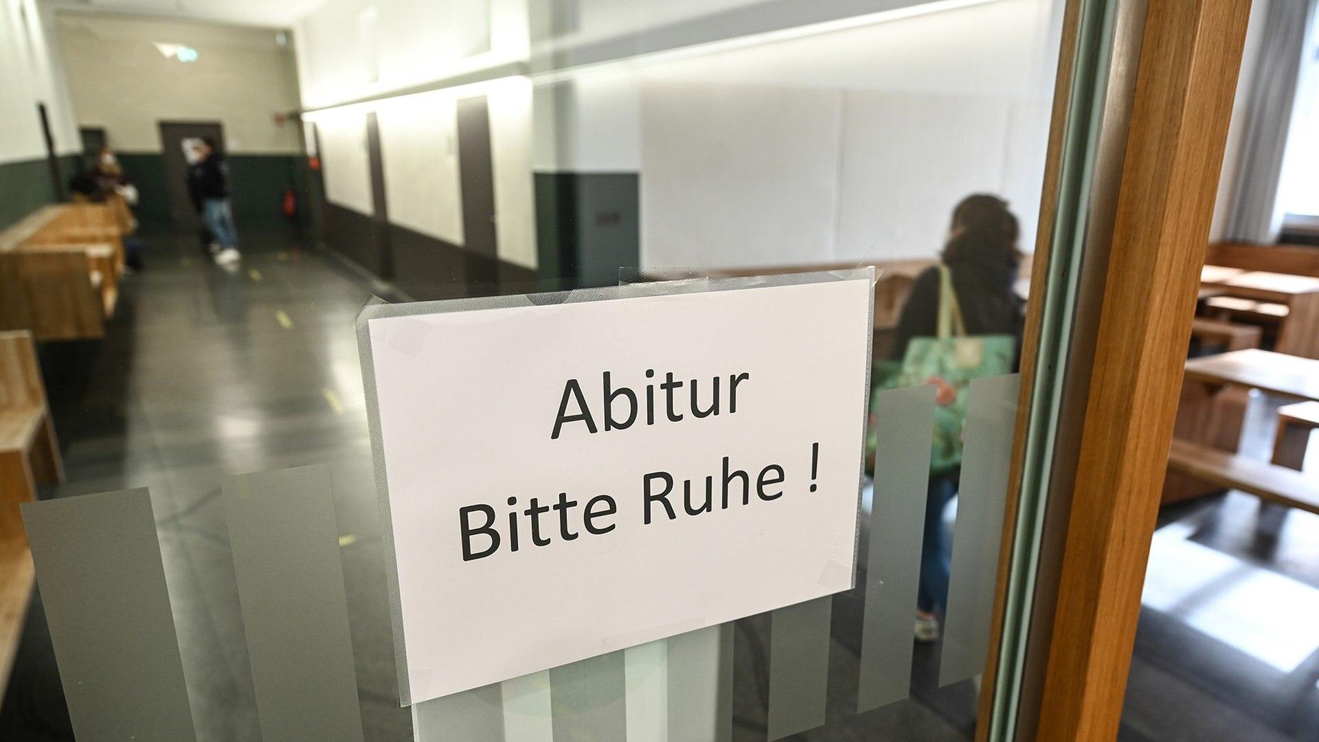 Trotz Corona Abi Schnitt in Niedersachsen verbessert   NDR.de ...