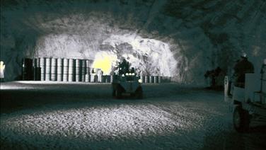 Tonnen mit Atommüll in der Asse. © NDR Foto: Jan Starkebaum