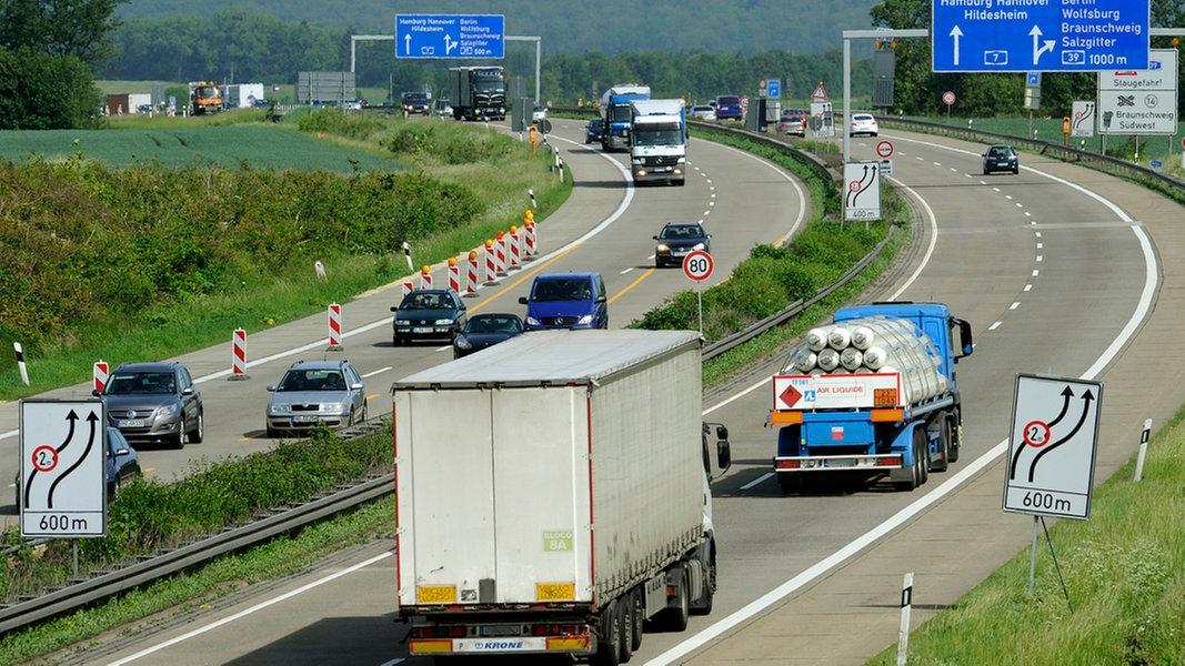 Autobahnsperrungen A7