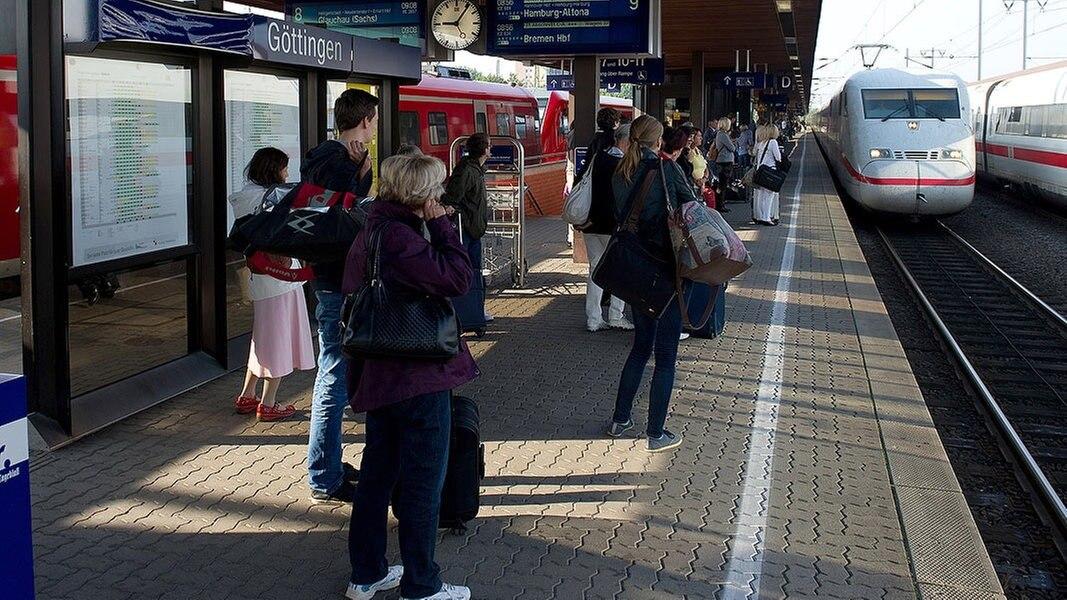Terrorverdacht: 900 Reisende müssen ICE verlassen