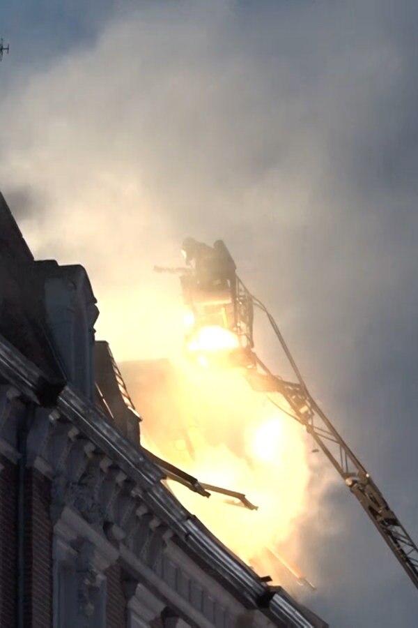 Mehrfamilienhaus in Braunschweig gerät in Brand