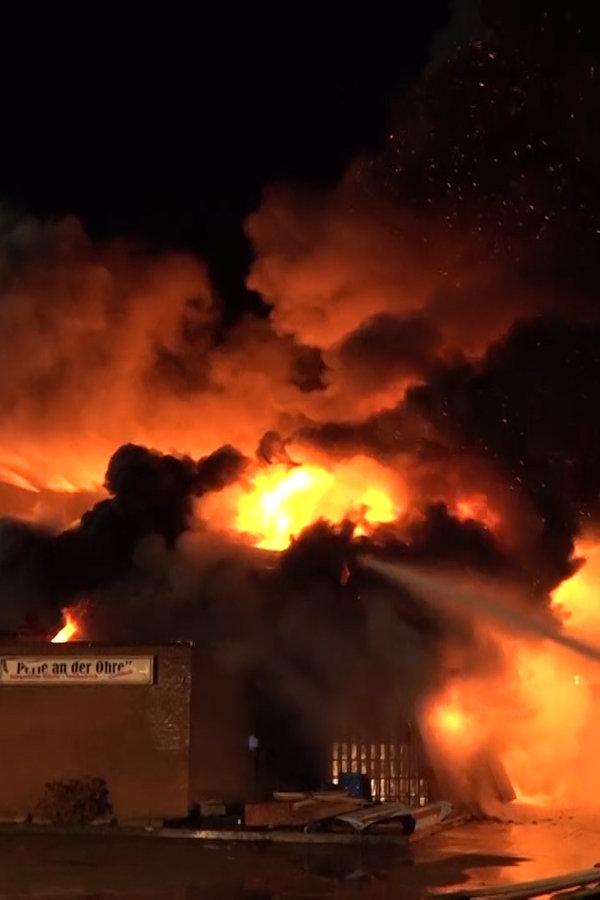 Brome: Ermittler suchen nach Ursache für Großbrand