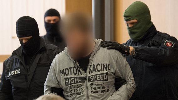 Prozess in Braunschweig | Mutmaßlichen Terrorist von Northeim vor Gericht