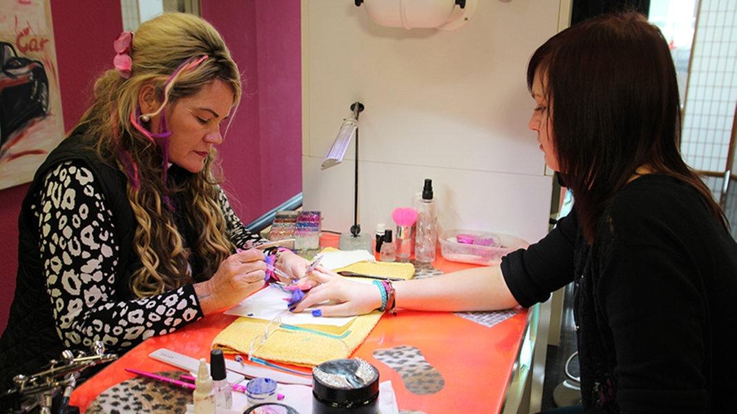 wann öffnen nagelstudios wieder in berlin