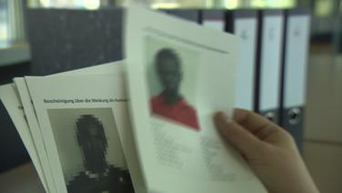 A hivatal el akarta tusolni, hogy a migránsok a szociális segélyt többször, több identitással is felvezik!
