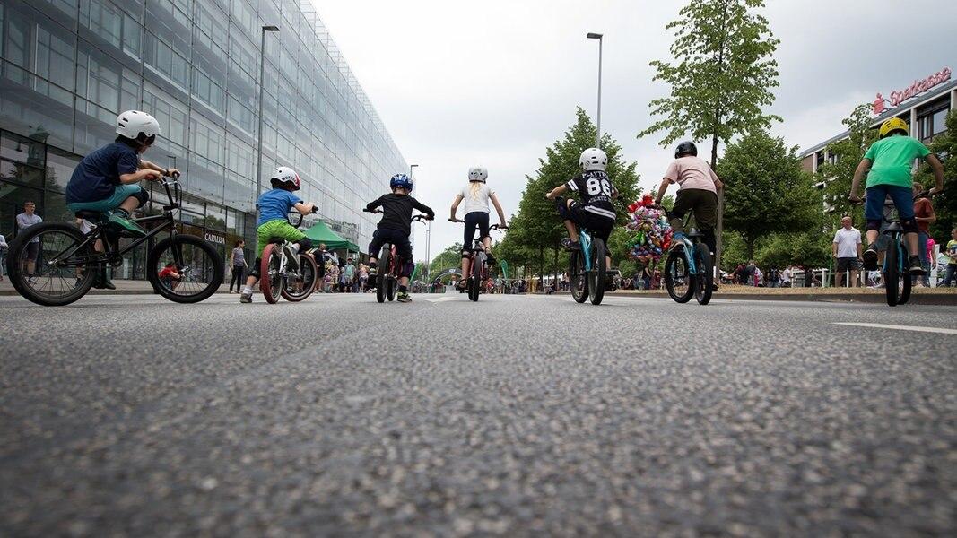 Hannover Autofreier Sonntag Lockt Zehntausende Ndrde