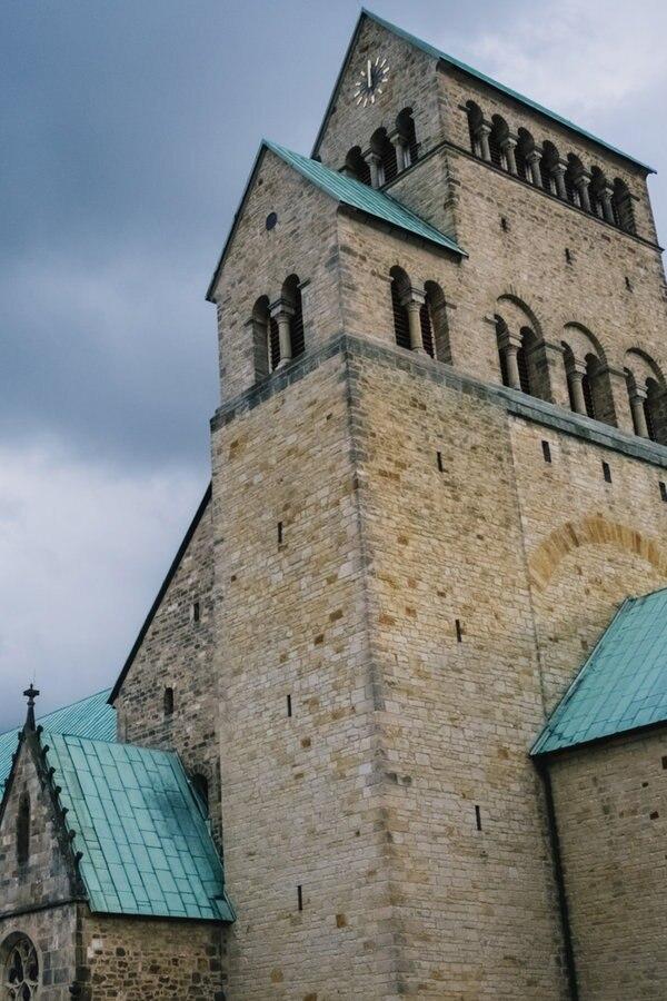 Bistum Hildesheim gibt mehr Geld aus