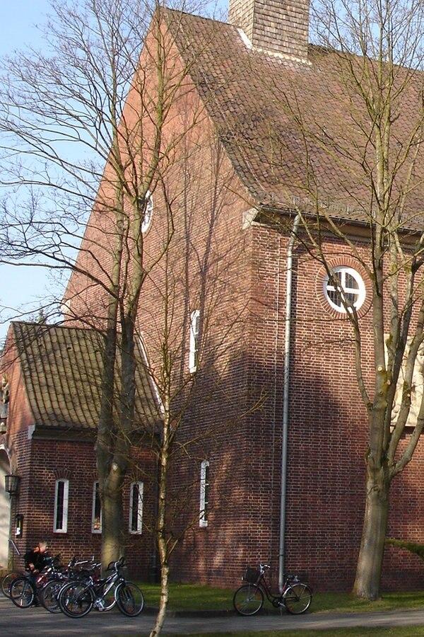 Nazi Glocke Soll Weg Trotz Unterschriftenaktion Ndrde