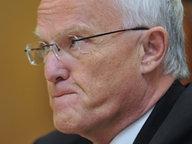Jürgen Rüttgers (CDU) kneift die Lippen aufeinander. © dpa-Bildfunk Foto: Jochen Lübke