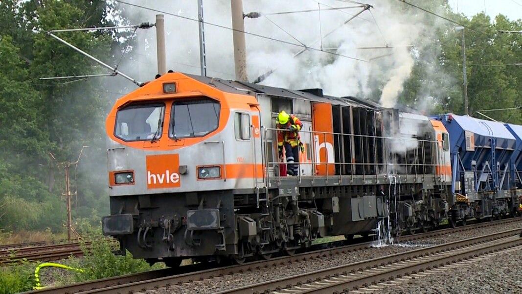 Diesellok brennt - Zugverkehr eingeschränkt