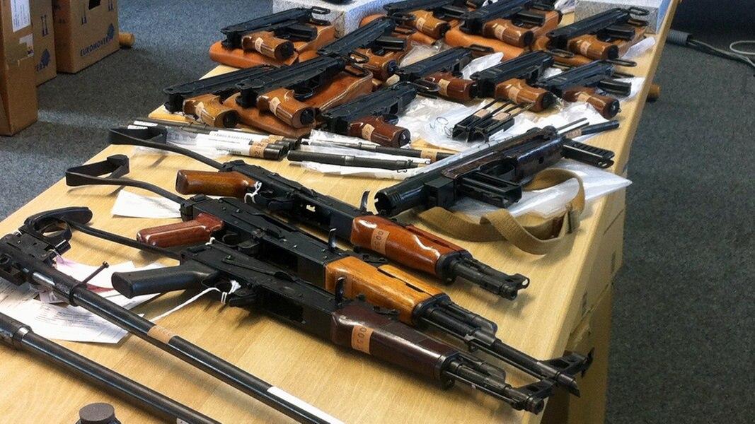 Oldenburg: 30 Waffen aus Rathaus geklaut