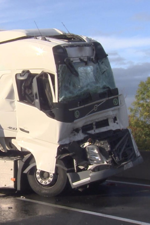 A2: Stau nach Lkw-Unfall bei Wunstorf