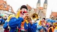 """""""Schoduvel""""-Karnevalsumzug in Braunschweig © picture-alliance/dpa Foto: Moritz Frankenberg"""