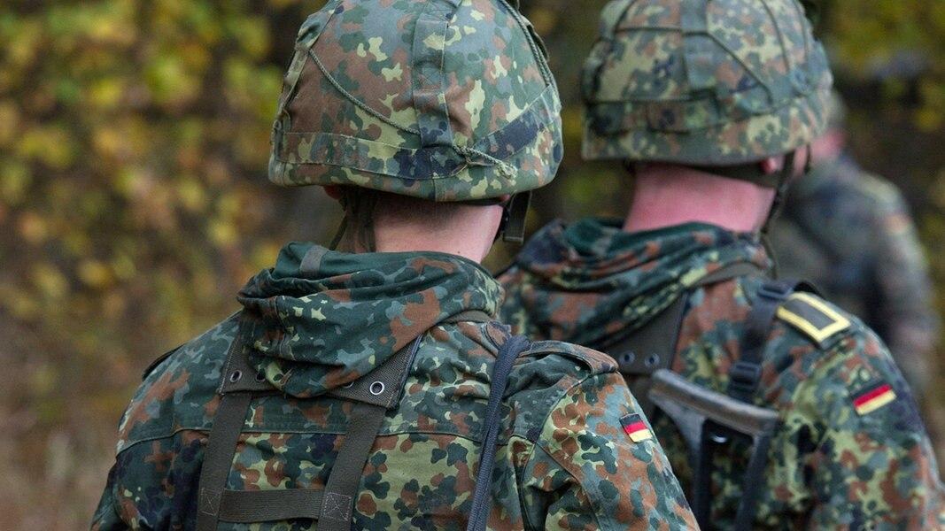 image Jungen 19 bundeswehr soldaten gefickt