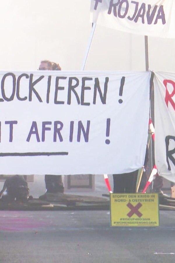 Aktivisten demonstrieren erneut gegen Rheinmetall