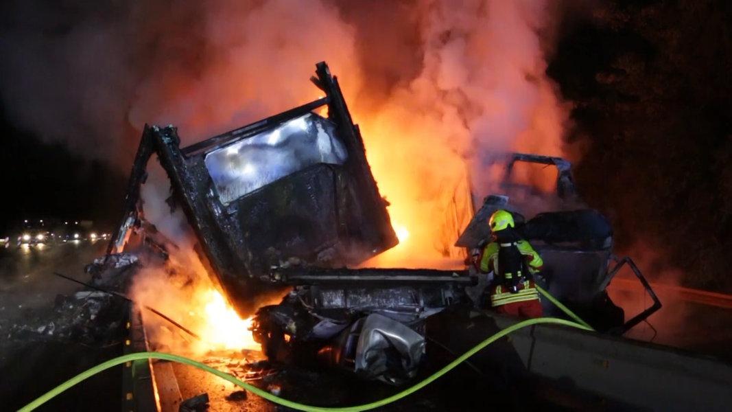 Stau-Chaos nach Lkw-Brand bei Lüneburg erwartet