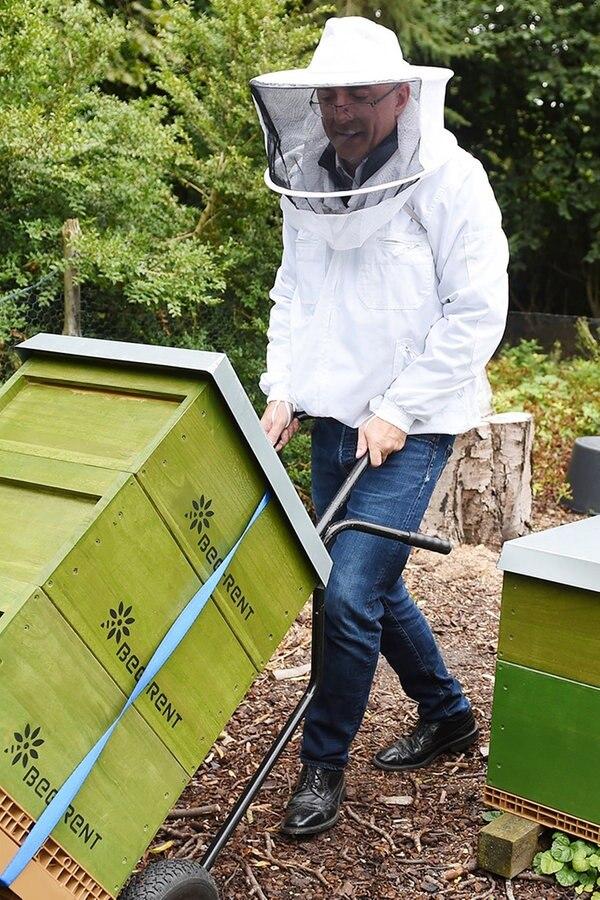 Bienenvolk-Vermieter erhält Auszeichnung