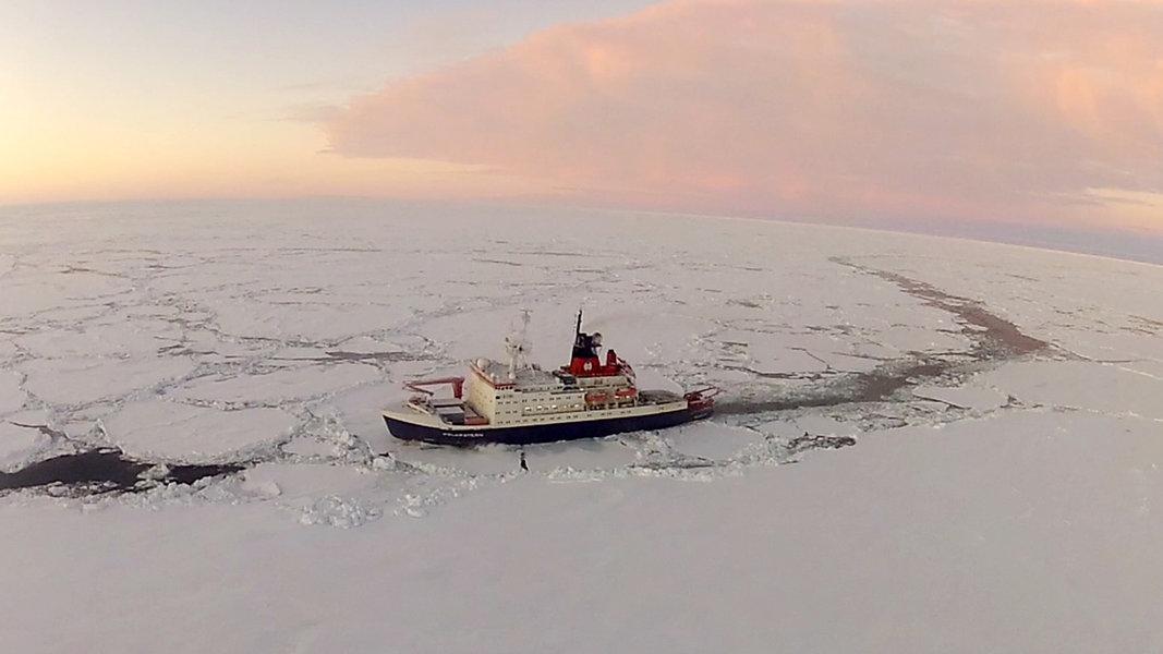 """""""Polarstern"""" startet zu einzigartiger Expedition"""