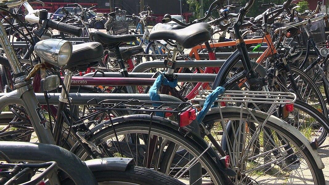 Fahrradrazzia Hamburg: Nur 120 Räder gestohlen | Das Erste ...