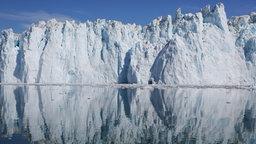 Ein Eisberg. © Bernd Mansholt Fotograf: Bernd Mansholt