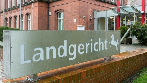 Steht auf sohn mutter Remscheid Geibelstraße: