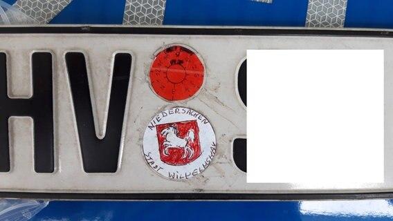 Tuv Plakette Marke Eigenbau In Wilhelmshaven Ndr De Nachrichten