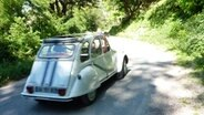 Citroen 2CV in der Provence © http://creativecommons.org/licenses/by/2.0/ Foto: Patrick Gaudin