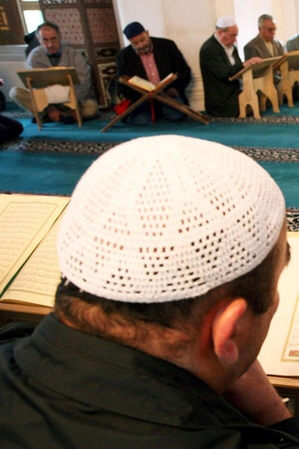 Berufsbild Imam - mehr als ein Prediger