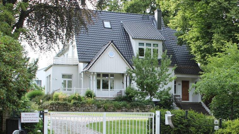 Das Haus in der Hagener Allee 80 in Ahrensburg. © NDR Foto: Doreen Pelz