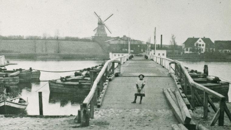 Historisches Bild des Fähranlegers in Arnis. © Stadtarchiv Kappeln
