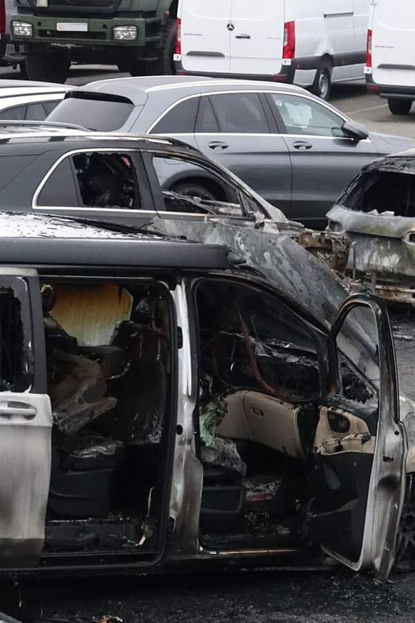 Sechs Autos in Kiel abgebrannt