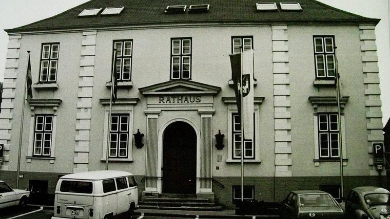 Historisches Foto vom Rathaus in Bad Segeberg. © NDR Foto: Hans-Werner Baurycza