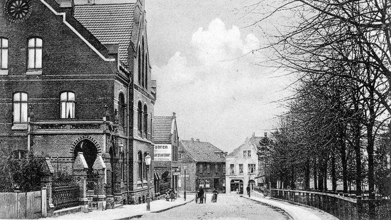 Historische Aufnahme der Post in der Burgfelerstraße in Bad Segeberg. © NDR Foto: Hans-Werner Baurycza