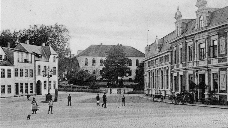 Historisches Foto vom Marktplatz in Bad Segeberg. © NDR Foto: Hans-Werner Baurycza