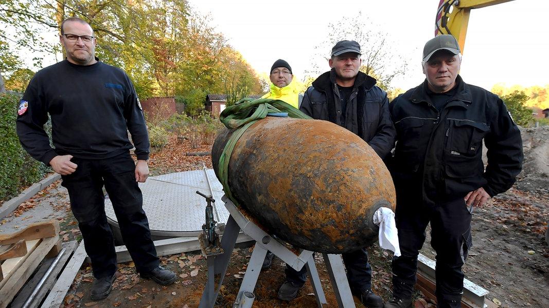 experten entsch rfen 500 kilo bombe in kiel. Black Bedroom Furniture Sets. Home Design Ideas