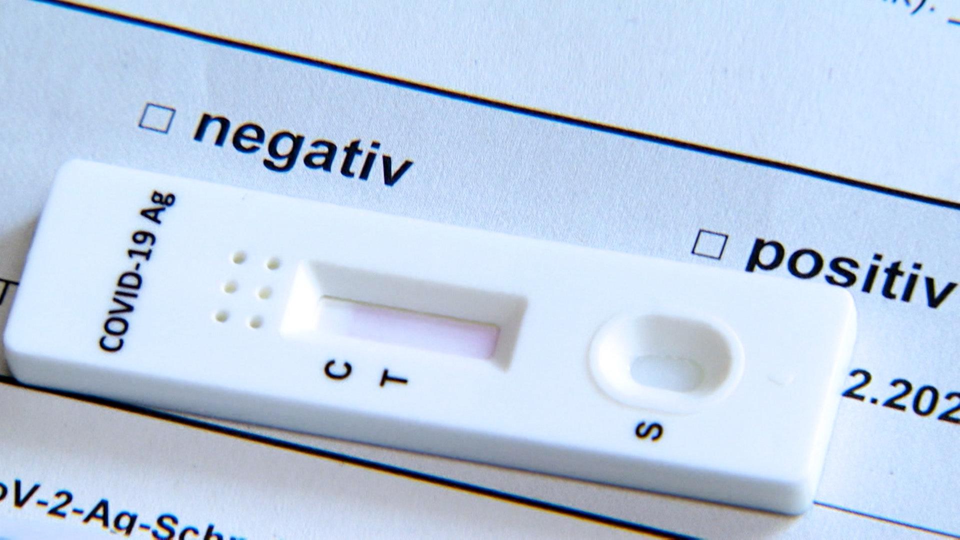 Positiv negativ einmal schwangerschaftstest einmal Schwangerschaftstest plötzlich