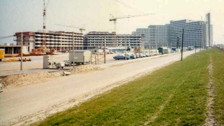 Der Gebäudekomplex des Appartementhauses in Damp, früher ©