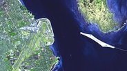 Ein Satellitenbild von der Drogden Enge © NASA/GSFC/METI/ERSDAC/JAROS, and U.S./Japan ASTER Science Team Fotograf: NASA/GSFC/METI/ERSDAC/JAROS, and U.S./Japan ASTER Science Team