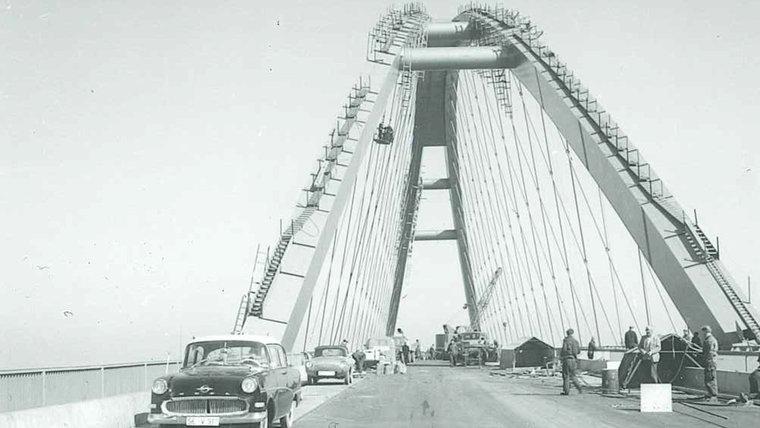 Die Fehmarnbrücke im Aufbau. © Karl-Wilhelm Klahn  Foto: Karl-Wilhelm Klahn