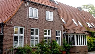 Die Fassade eines Jugendheimes in Dithmarschen. © dpa-bildfunk Fotograf: Carsten Rehder