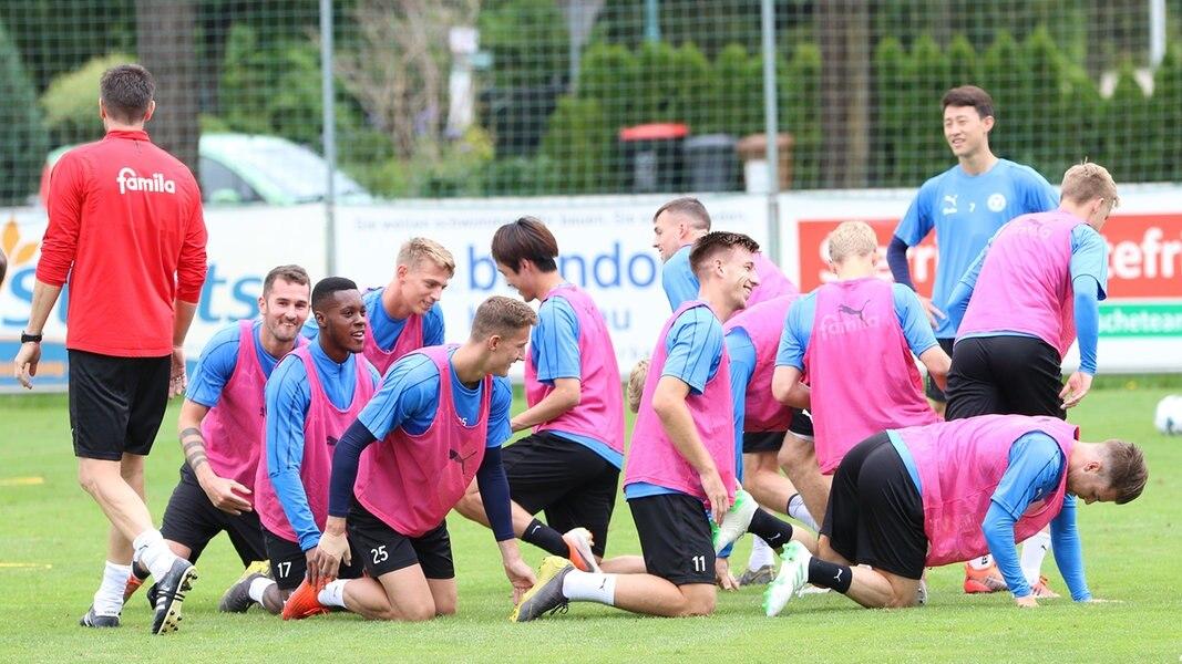 """Holstein Kiel: """"Elf Freunde müsst ihr (wieder) sein"""""""