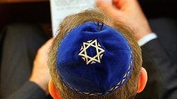 Gebet in der Synagoge © dpa/pictute-alliance