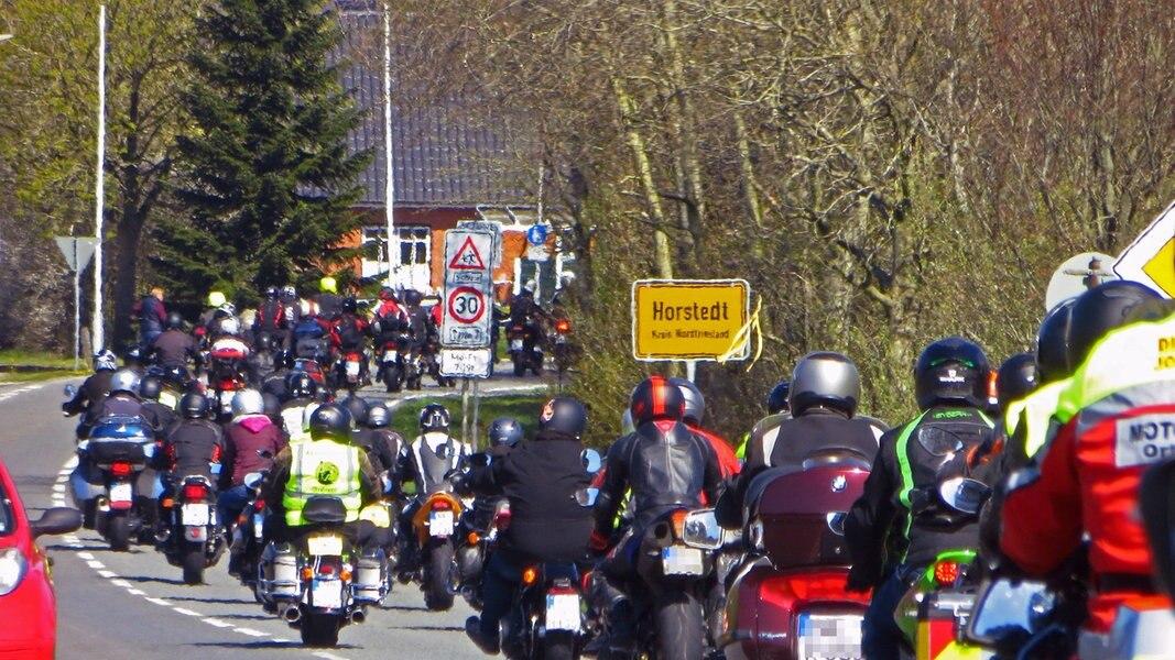 Husum: Saison der Biker-Gottesdienste eröffnet