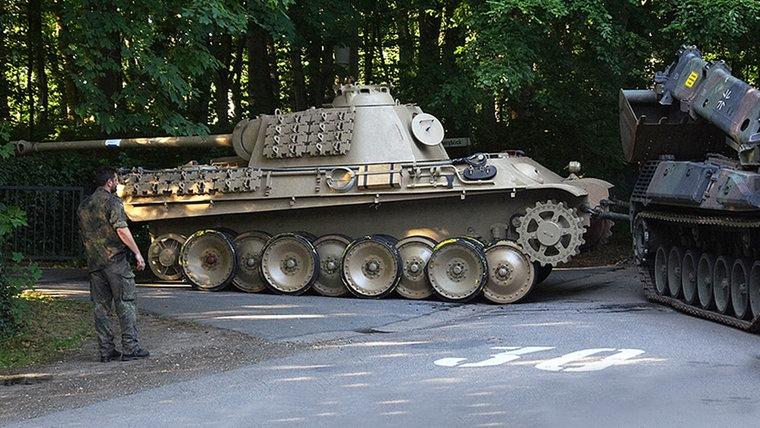 panzer468_v-vierspaltig.jpg