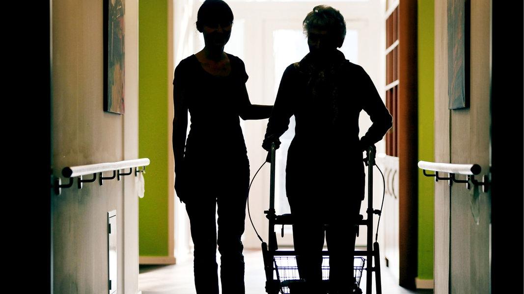 Corona: Jede dritte Infektion in MV im Zusammenhang mit Altenheimen