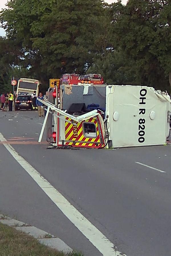 Busunfall mit Kindern - Fahrer zu Geldstrafe verurteilt