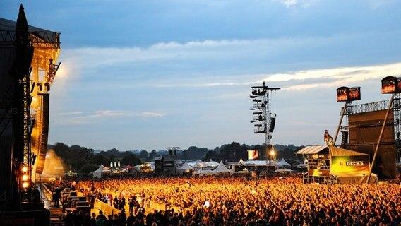 Weltgrößtes Metal-Festival startet | Die ersten Wacken-Fans rücken an