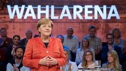 Angela Merkel in der ARD Wahlarena. © dpa-Bildfunk Fotograf: Daniel Reinhardt